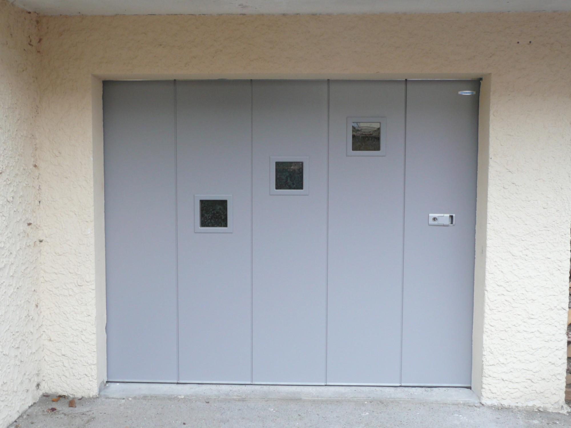 Installateur hormann de portes de garages coulissantes for Porte de garage industrielle hormann